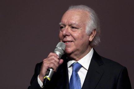Carlos-do-Carmo