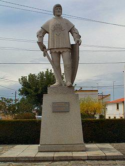 250px-Estátua_de_D._Nuno_Álvares_Pereira